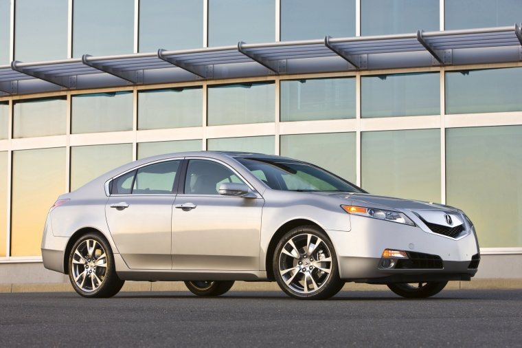 2010 Acura TL SH-AWD in Palladium Metallic from a front right three-quarter view