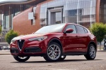 2018 Alfa Romeo Stelvio Ti Sport AWD in Rosso Competizione Tri-Coat - Static Front Left Three-quarter View