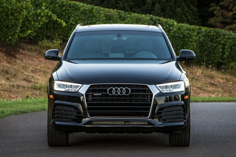 2016 Audi Q3 2.0T quattro in Brilliant Black from a frontal view