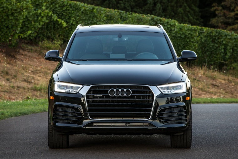 2017 Audi Q3 2.0T quattro in Brilliant Black from a frontal view