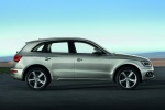 2014 Audi Q5 2.0 TFSI Quattro in Cuvee Silver Metallic - Static Right Side View