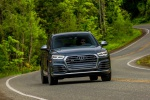 2019 Audi SQ5 quattro in Daytona Gray Pearl Effect - Driving Frontal View