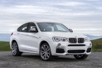 2018 BMW X4 M40i in Mineral White Metallic - Static Front Right View