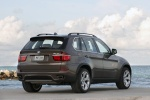 2013 BMW X5 xDrive50i in Sparkling Bronze Metallic - Static Rear Right View