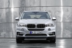 2016 BMW X5 xDrive40e in Glacier Silver Metallic - Static Frontal View