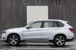 2016 BMW X5 xDrive40e in Glacier Silver Metallic - Static Side View