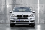 2018 BMW X5 xDrive40e in Glacier Silver Metallic - Static Frontal View