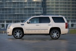 2011 Cadillac Escalade Hybrid in White Diamond Tricoat - Static Side View