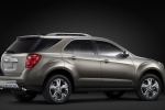 2014 Chevrolet Equinox in Silver Ice Metallic - Static Rear Right Three-quarter View