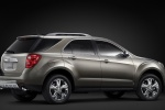 2015 Chevrolet Equinox in Silver Ice Metallic - Static Rear Right Three-quarter View