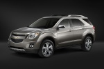 2015 Chevrolet Equinox in Silver Ice Metallic - Static Front Left Three-quarter View