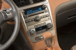 2010 Chevrolet Malibu LTZ Center Console in Cocoa / Cashmere