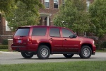 2010 Chevrolet Tahoe Hybrid in Red Jewel Tintcoat - Static Rear Right Three-quarter View