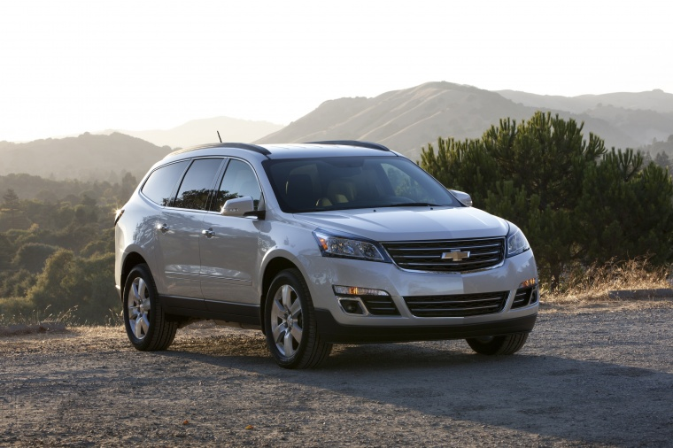 2013 Chevrolet Traverse LTZ in Silver Ice Metallic from a front right view
