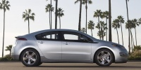 2011 Chevrolet Volt Hybrid Sedan, Chevy Review