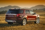 2018 Ford Explorer Limited 4WD - Static Rear Right Three-quarter View