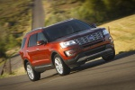 2019 Ford Explorer Limited 4WD - Driving Front Right Three-quarter View