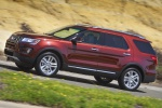 2019 Ford Explorer Limited 4WD - Driving Side View
