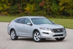 2010 Honda Accord Crosstour in Alabaster Silver Metallic - Static Front Right Three-quarter View