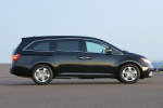2012 Honda Odyssey Touring in Crystal Black Pearl - Static Right Side View
