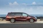 2018 Honda Odyssey Elite in Deep Scarlet Pearl - Static Right Side View