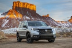 2020 Honda Passport Elite AWD in Lunar Silver Metallic - Static Front Right View