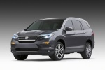2016 Honda Pilot in Modern Steel Metallic - Static Front Left View