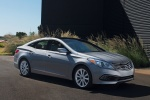 2016 Hyundai Azera Limited in Pewter Gray Metallic - Static Front Right Three-quarter View