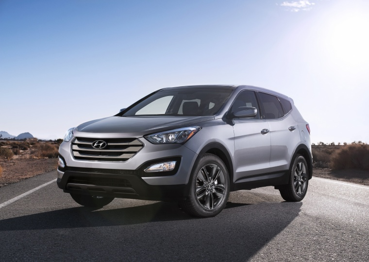 2016 Hyundai Santa Fe Sport in Sparkling Silver from a front left view