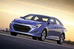 2014 Hyundai Sonata Hybrid in Blue Sky Metallic - Driving Front Left Three-quarter View