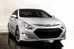 2015 Hyundai Sonata Hybrid Limited in Diamond White Pearl - Static Front Right View