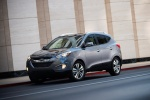2014 Hyundai Tucson in Shadow Gray - Static Front Left Three-quarter View