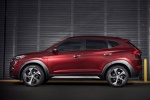 2017 Hyundai Tucson in Ruby Wine - Static Side View