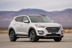 2020 Hyundai Tucson in Silver - Static Front Right View