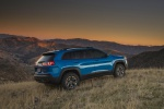 2019 Jeep Cherokee Trailhawk 4WD in Hydro Blue Pearlcoat - Static Rear Right Three-quarter View