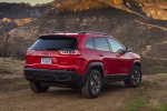 2019 Jeep Cherokee Trailhawk 4WD in Firecracker Red Clearcoat - Static Rear Right Three-quarter View