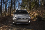 2019 Jeep Cherokee Limited 4WD in Billet Silver Metallic Clearcoat - Driving Frontal View
