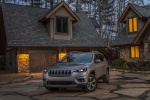 2020 Jeep Cherokee Limited 4WD in Billet Silver Metallic Clearcoat - Static Front Left View
