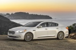 2015 Kia K900 in Snow White Pearl - Static Front Left Three-quarter View