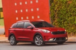 2018 Kia Niro Touring Hybrid in Crimson Red - Static Front Right Three-quarter View