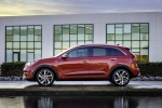 2018 Kia Niro Hybrid in Crimson Red - Static Side View