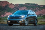 2018 Kia Niro Plug-In Hybrid in Metal Stream - Static Front Left Three-quarter View