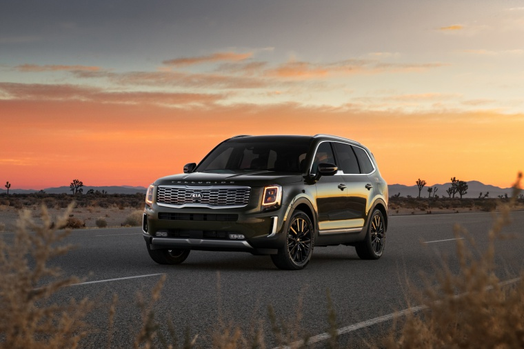 2020 Kia Telluride AWD in Dark Moss from a front left view