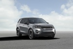 2016 Land Rover Discovery Sport HSE Luxury in Scotia Gray Metallic - Static Front Right View