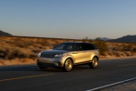 2019 Land Rover Range Rover Velar P380 HSE R-Dynamic in Silicon Silver Premium Metallic - Driving Front Left Three-quarter View