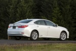 2013 Lexus ES 300h Hybrid Sedan in Starfire Pearl - Static Rear Right Three-quarter View
