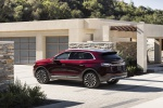 2019 Lincoln Nautilus Black Label 2.7T AWD in Burgundy Velvet Metallic Tinted Clearcoat - Static Rear Left Three-quarter View