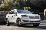 2019 Lincoln Nautilus 2.7T AWD in White Platinum Metallic Tri-Coat - Static Front Right View
