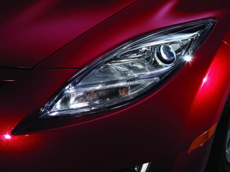 2010 Mazda 6s Headlight