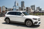 2020 Mercedes-Benz GLB 250 in Polar White - Static Front Right Three-quarter View